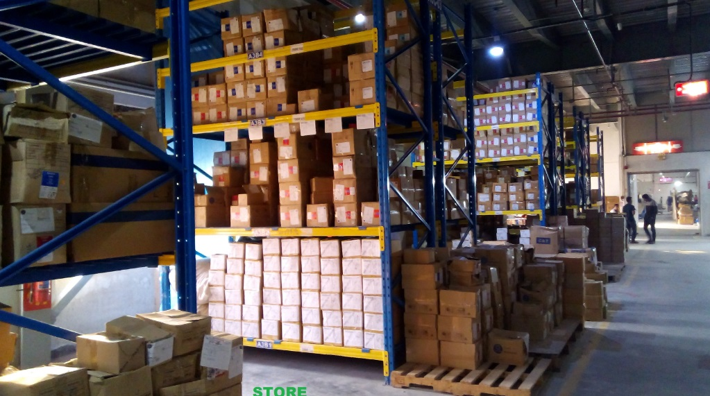 inventory control in apparel and textile warehouse